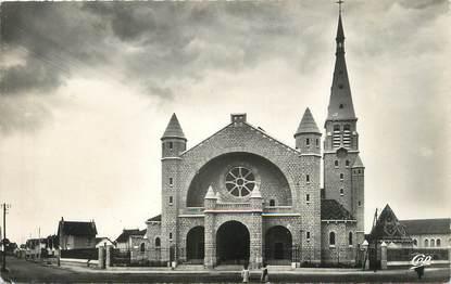 """/ CPSM FRANCE 21 """"Dijon, église du Sacré Coeur"""""""