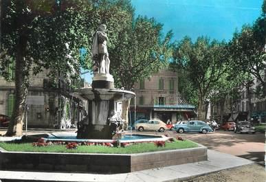 """/ CPSM FRANCE 13 """"Salon de Provence, le cours Victor hugo et la statue de Adam de Craponne"""""""