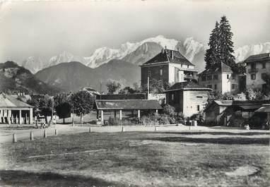 """/ CPSM FRANCE 74 """"Sallanches, le jardin public et le Mont Blanc"""""""
