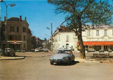 """/ CPSM FRANCE 58 """"Cosne sur Loire, place de la gare"""" / DS"""
