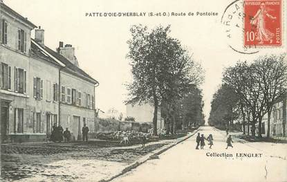 "/ CPA FRANCE 95 ""Patte d'Oie d'Herblay, route de Pontoise"""