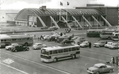 """/ CPSM FRANCE 59 """"Malo Les Bains, le casino, le parking"""" / BUS"""