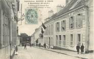 """91 Essonne / CPA FRANCE 91 """"Montlhéry, l'entrée sur la grande rue, institution Resve et Gros"""""""