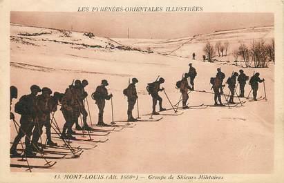 """CPA FRANCE 66 """"Mont Louis, groupe de skieurs militaires"""" / SKI"""