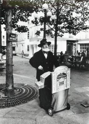 """/ CPSM FRANCE 75006 """"Paris"""" / ORGUE DE BARBARIE"""