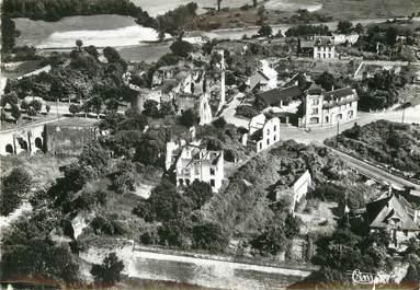 """/ CPSM FRANCE 02 """"Coucy le Château, porte de Laon et hôtel Bellevue"""""""