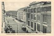 """02 Aisne / CPSM FRANCE 02 """"Soissons, rue Saint Martin, l'hôtel des postes et le palais de justice"""""""