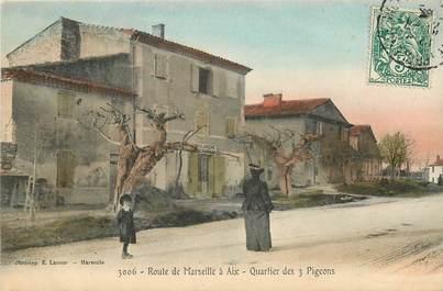 """CPA FRANCE 13 """"Route de Marseille à Aix, Quartier des 3 pigeons"""""""