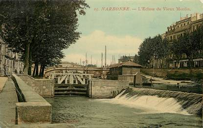 """CPA FRANCE 11 """"Narbonne, L'Ecluse du Vieux Moulin"""""""