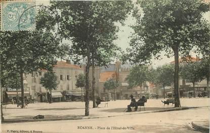 """CPA FRANCE 42 """"Roanne, Place de l'Hotel de Ville"""""""