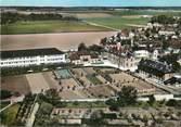 """77 Seine Et Marne / CPSM FRANCE 77 """"Brie Comte Robert, vue aérienne, l'hôtel Dieu"""""""