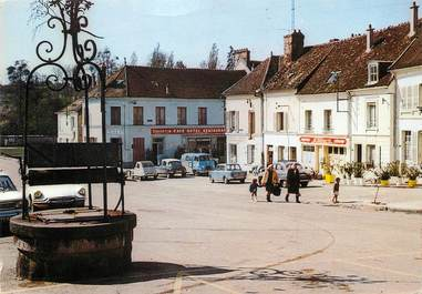 """/ CPSM FRANCE 77 """"Donnemarie en Montois, place du marché"""""""