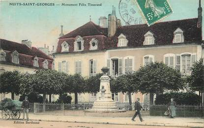 "CPA FRANCE 21 ""Nuits Saint Georges, monument aux morts"""
