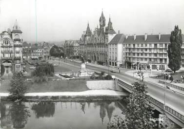 """CPSM FRANCE 08 """"Mézières, la Meuse et place de l'hôtel de ville"""""""