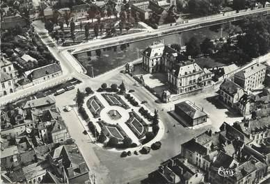 """CPSM FRANCE 10 """"Troyes, vue aérienne de la préfecture"""""""