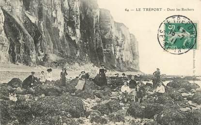 """/ CPA FRANCE 76 """"Le Tréport, dans les rochers"""""""