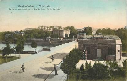 """CPA FRANCE 57 """"Thionville, sur le pont de la Moselle"""""""