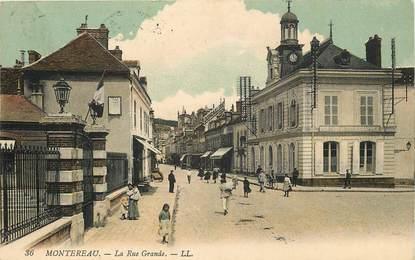 "CPA FRANCE 77 ""Montereau, la rue grande"""