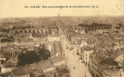 "/ CPA FRANCE 59 ""Lille, vue panoramique de la rue Nationale"""
