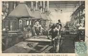 """71 SaÔne Et Loire / CPA FRANCE 71 """"Le Creusot, usines Schneider, atelier de Forgeage à la main"""""""