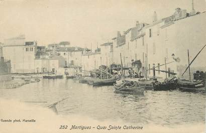 """/ CPA FRANCE 13 """"Martigues, quai Sainte Catherine"""""""