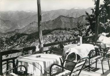"/ CPSM FRANCE 06 ""Peira Cava, la terrasse du restaurant du grand hôtel Faraut"""