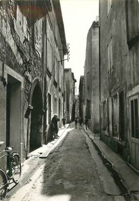 "/ CPSM FRANCE 11 ""Sigean, vieille rue"""