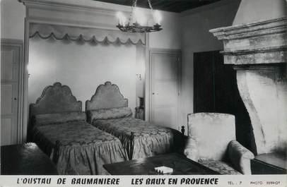"""/ CPSM FRANCE 13 """"Les Baux de Provence, l'Oustau de Baumanière"""" /  DOS NON CP"""