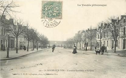 """/ CPA FRANCE 85 """"La Roche sur Yon, l'avenue Gambetta et la gare""""  / PRECURSEUR, avant 1900"""""""