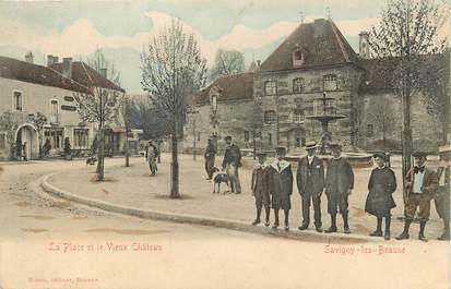 """CPA FRANCE 21 """"Savigny les Beaune, la Place et le vieux chateau"""""""