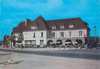 """/ CPSM FRANCE 14 """"Ouistreham, Le Bar Tabac de la Marine """""""