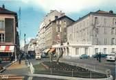"""15 Cantal / CPSM FRANCE 15 """"Aurillac, av de la République, hôtel de Bordeaux"""""""