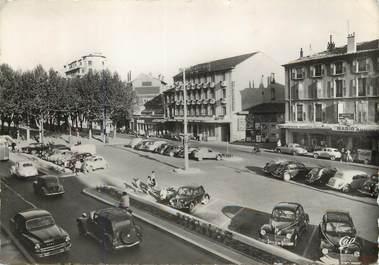 """CPSM FRANCE 26 """"Valence, Place de la République"""" / AUTOMOBILE"""
