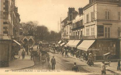 "/ CPA FRANCE 77 "" Fontainebleau, la grande rue"""
