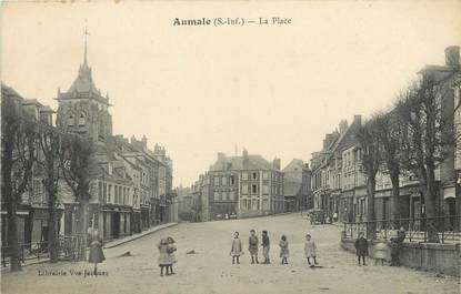 """/ CPA FRANCE 76 """"Aumale, la place"""""""