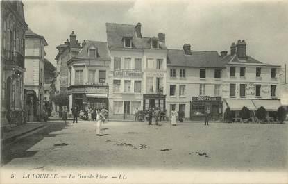 "/ CPA FRANCE 76 ""La Bouille, la grande place"""