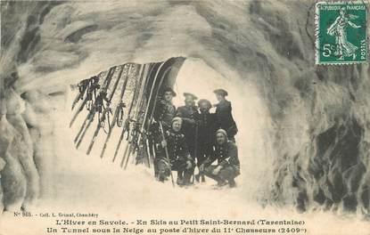"""CPA CHASSEUR ALPIN """"Petit Saint Bernard, un tunnel sous la neige"""""""