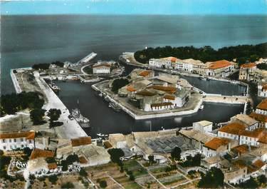 """/ CPSM FRANCE 17 """"Ile de Ré, Saint Martin de Ré, le port, vue aérienne"""""""