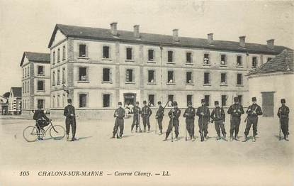 "CPA FRANCE 51 ""Chalons sur Marne, Caserne Chanzy"""