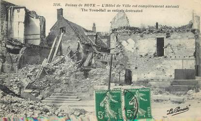 """CPA FRANCE 80 """"Ruines de Roye, l'hôtel de ville complètement anéanti"""""""