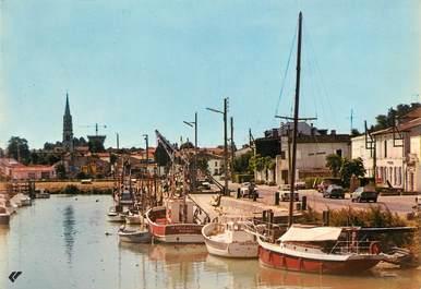 """CPSM FRANCE 17 """"La Tremblade, le port et l'église"""""""