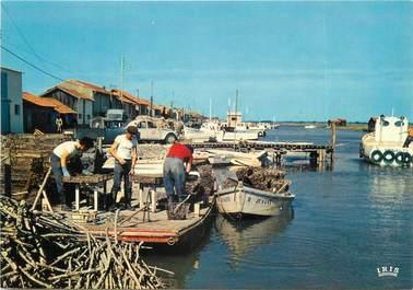 """CPSM FRANCE 17 """"La Tremblade, le port, scène ostréicole"""""""