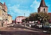 """17 Charente Maritime CPSM FRANCE 17 """"Saujon,  place de l'église"""""""