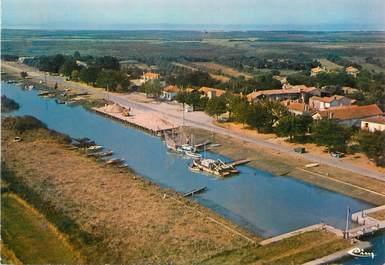 "CPSM FRANCE 17 ""Saint Fort sur Gironde, Port Maubert"""