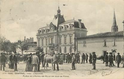 """/ CPA FRANCE 33 """"Coutras, place de l'hôtel de ville"""""""