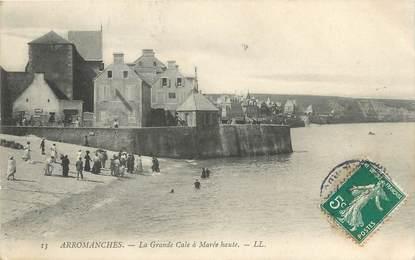 """CPA FRANCE 14 """"Arromanches Les Bains, la grande Cale à marée haute"""""""