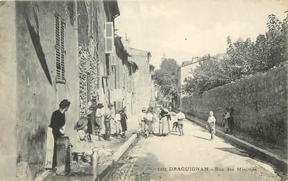 """CPA FRANCE 83 """"Draguignan, rue des Minimes"""""""