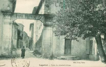 """CPA FRANCE 84  """"Mirabeau, porte du Général Jullien"""""""