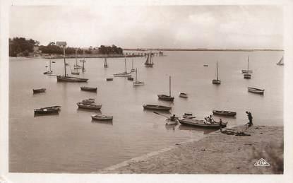 """/ CPSM FRANCE 17 """"Fouras, les barques au port Sud"""""""
