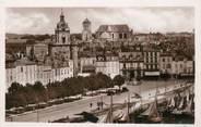 """17 Charente Maritime / CPSM FRANCE 17 """"La Rochelle, vue vers la grosse horloge et la Cathédrale"""""""
